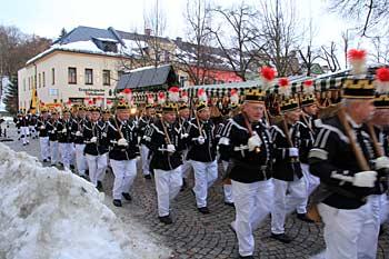 Bergparade in Auerbach